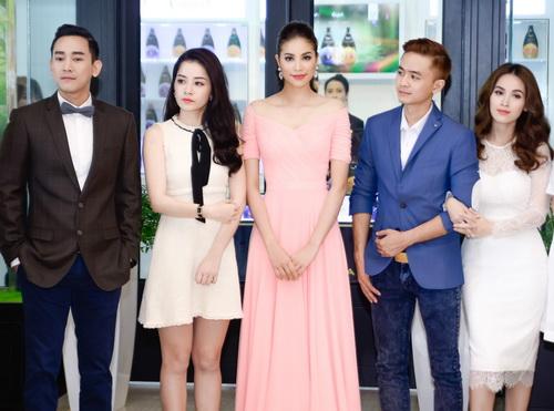 """chi pu """"chan ngan"""" van khong """"lu mo"""" canh pham huong - 11"""