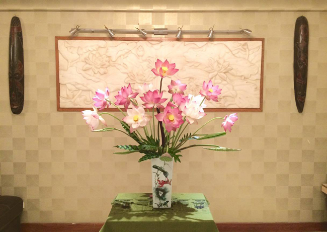 (Ảnh:Đỗ Vy Anh)  Trong nhiều nền văn hóa, hoa senlà biểu tượng của sự thuần khiết.