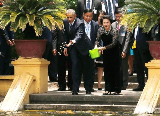 nha trang chia se video toan canh chuyen tham viet nam cua tt obama - 1