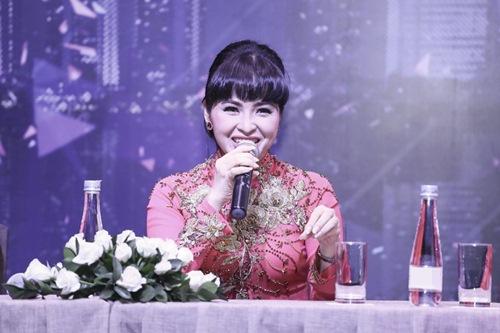 phuong thanh, trang nhung lam doi truong trong show moi toanh - 3