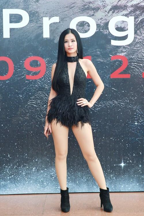 dong nhi sexy kho cuong doi lap noo phuoc thinh lich lam - 2