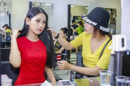 Á khôi Phương Linh cực trẻ trung với tóc mới-2