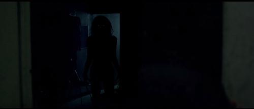 "dan em cua ""the conjuring 2"": phim khien ban khi ngu phai mo den! - 3"