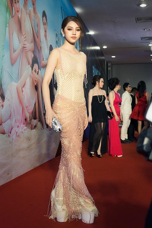 Jolie Nguyễn, Diệu Linh nổi bật giữa dàn người đẹp-10