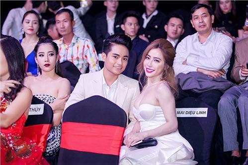 Jolie Nguyễn, Diệu Linh nổi bật giữa dàn người đẹp-15