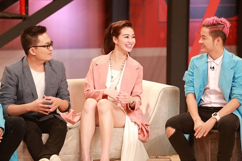 Khánh My mặc siêu gợi cảm đi ghi hình gameshow hài-15