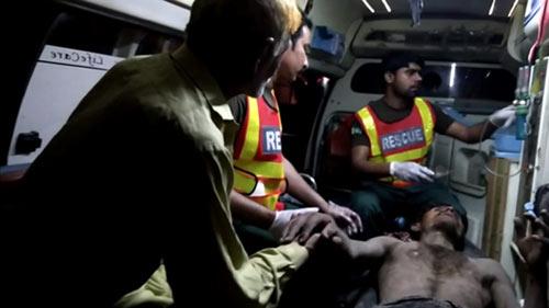 pakistan: tat axit ban trai vi khong chiu ket hon - 2