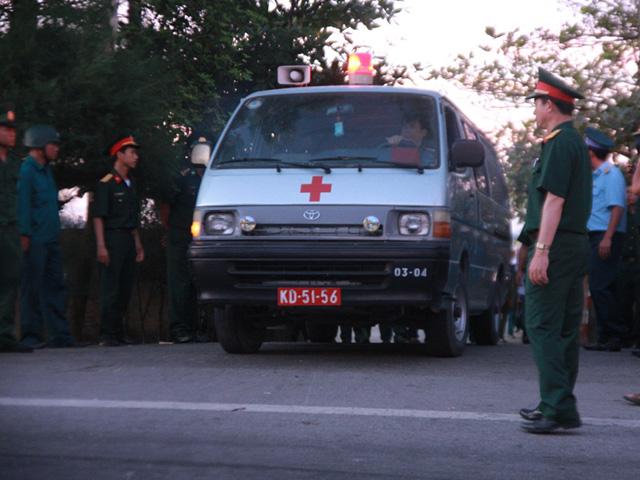 Đón thi thể Thượng tá Trần Quang Khải về với đất liền-3
