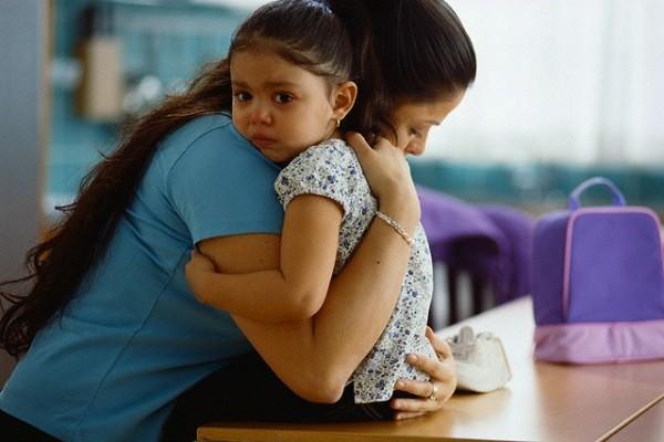 Con sốt, tổn thương não vì những sai lầm sau của cha mẹ-1