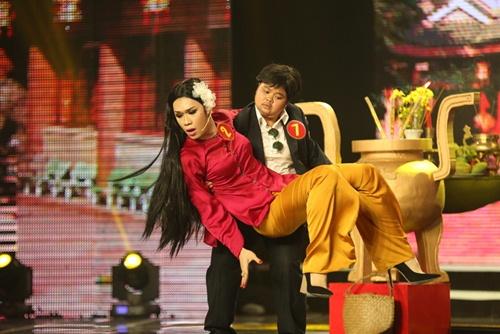"cuoi xuyen viet tap 4: ""hot boy xoai lac"" lai gay sot, thi sinh ""da xoay"" ngoc trinh - 13"