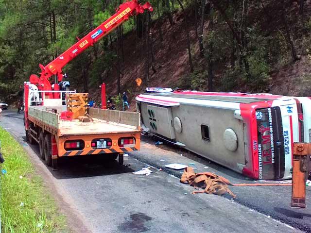 Tai nạn thảm khốc trên đèo Prenn, ít nhất 7 người chết-1