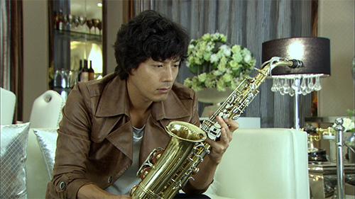 "han jae suk - soai ca ""giay thuy tinh"" tro lai - 11"