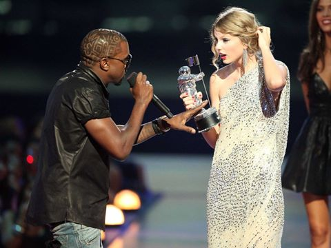 "day chinh la ly do khien fan cua taylor swift ""noi doa"" voi kanye west - 4"