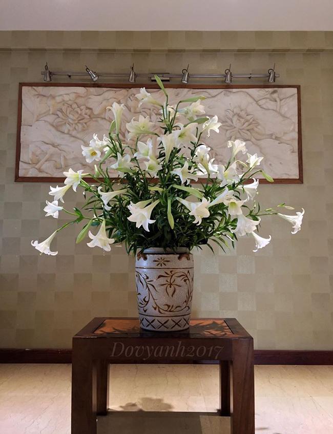 Bình hoa cắm kiểu lọ lồng lọ của anh Đỗ Vy Anh.