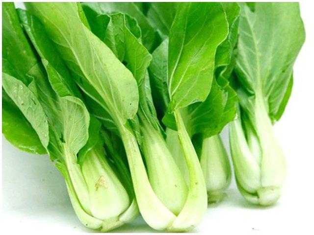 Chỉ bằng mắt thường cũng phân biệt được 5 loại rau này có hóa chất hay không