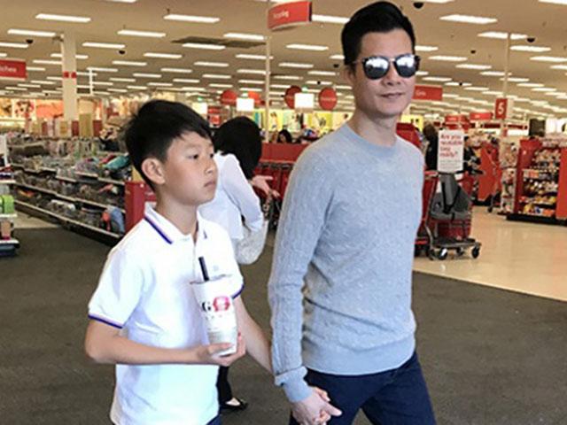 Quang Dũng dẫn con trai đi dạo, ai cũng ngỡ ngàng vì Bảo Nam cao đến cổ bố