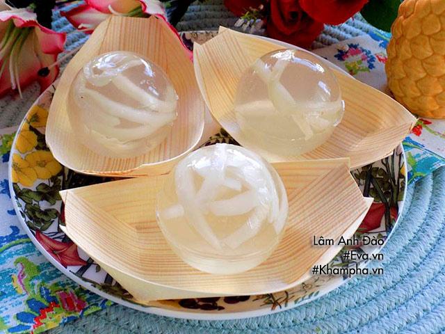 Thạch dừa giọt nước trong veo xua nắng nóng