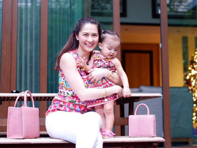 Fan thổn thức vì mẹ con mỹ nhân đẹp nhất Philippines xinh xuất sắc như chị em sinh đôi