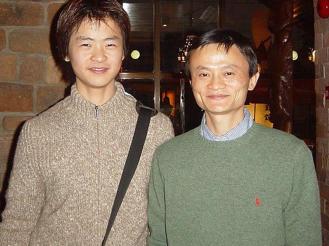 9 bài học quý giá về tình, tiền và thành công mà tỷ phú Jack Ma căn dặn con trai