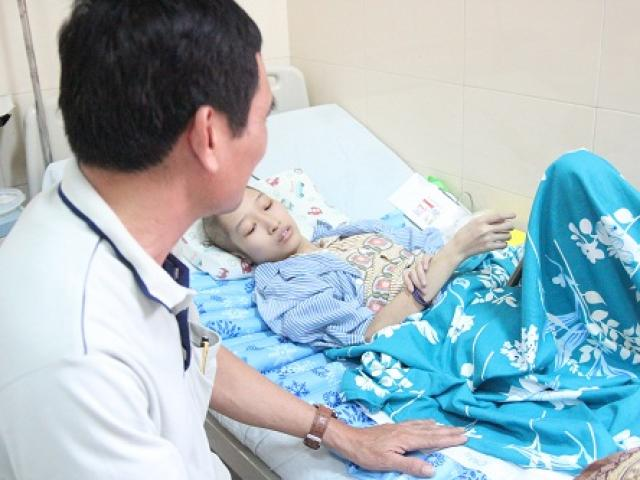Nữ sinh phải cắt bỏ một chân và nghị lực vươn lên chiến thắng bệnh ung thư