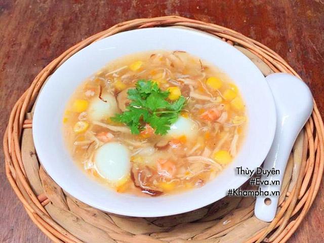 Cuối tuần mẹ chiêu đãi món súp hải sản trứng cút ngon mê ly
