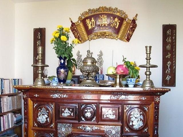 Những loại hoa tuyệt đối không được cúng trên bàn thờ