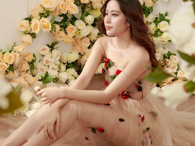 Hậu scandal, Nam Em đã vui trở lại và chuẩn bị tham gia cuộc thi sắc đẹp quốc tế