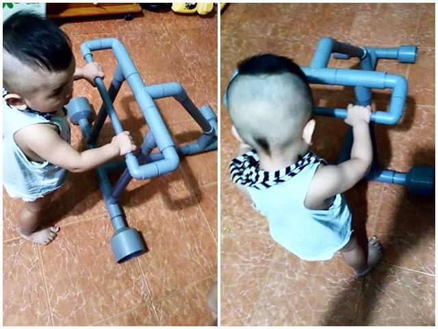 Bố Đắk Lắk tự chế xe tập đi cho con trai từ ống nước với chi phí 0 đồng