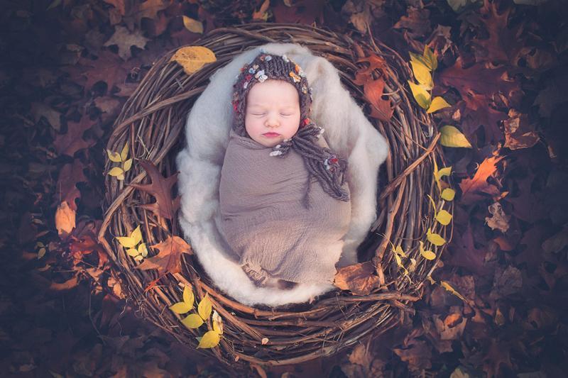 Bộ ảnh bao gồm nhiều bé sơ sinh đến từ các quốc gia khác nhau...