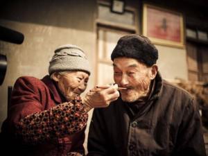 11 bức ảnh chứng minh: không bao giờ là quá già để yêu