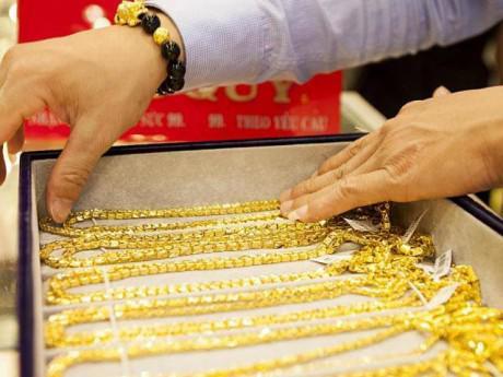 Giá vàng hôm nay 7/4: Vàng trong nước tiếp tục đà tăng