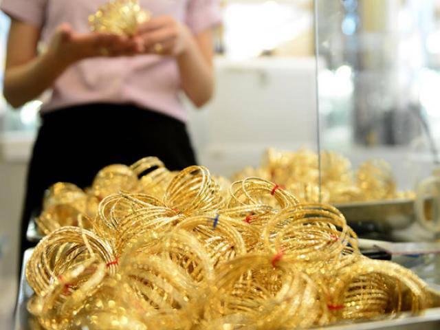 Giá vàng hôm nay 9/4: Phiên đầu tuần sôi động, vàng tăng giá ấn tượng