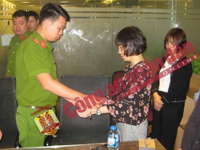 Bắt khẩn cấp 1 giám đốc DN trung gian thanh toán trong đường dây đánh bạc Rikvip