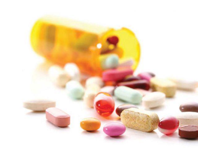 Những nguy cơ chị em dễ gặp phải khi lạm dụng thuốc giảm đau trị đau bụng kinh nguyệt