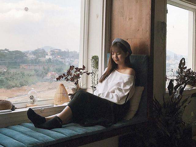 Cô gái Cần Thơ 20 tuổi làm single mom, lên Sài Gòn kiếm sống vẫn dạy con từ xa 170km