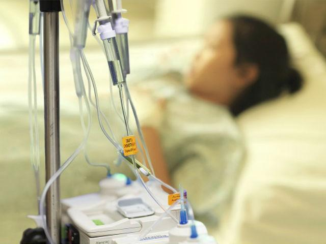 Cứ ngỡ rong kinh, mẹ 3 con sốc nặng khi bác sĩ tuyên bố mắc bệnh 1000 người có một