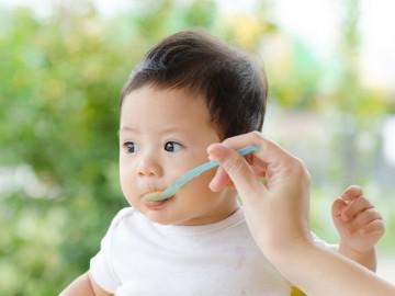 Gợi ý 5 thực đơn ăn dặm cho bé 6 tháng tuổi để các mẹ tha hồ đổi món