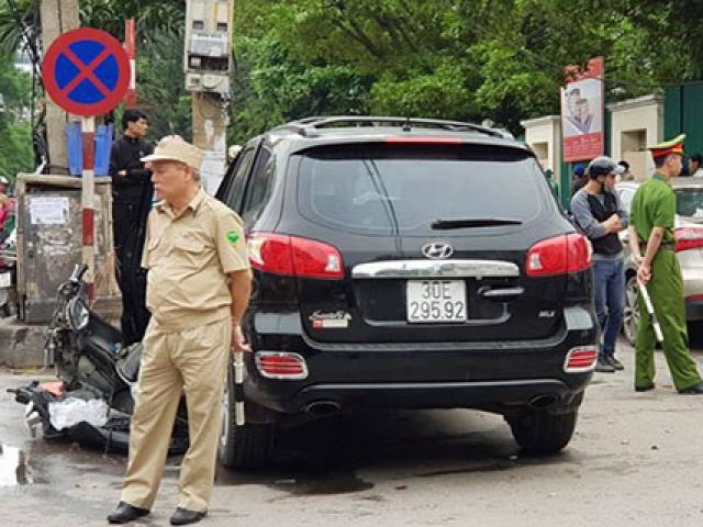 Tai nạn liên hoàn ở cổng bệnh viện Bạch Mai, bé 8 tuổi tử vong