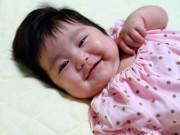 Làm mẹ - Bé 3,5 tháng bú mẹ không tăng cân có nên ăn bổ sung sớm?