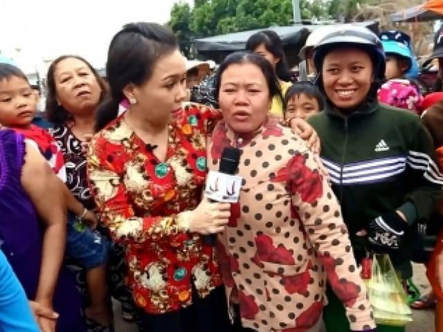 Bất ngờ gặp Việt Hương, mẹ chồng nhất quyết xin chụp hình dù con dâu đang đau đẻ
