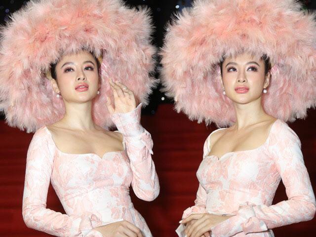 Angela Phương Trinh... đội nón lá tổ chim, khuấy đảo thảm đỏ VIFW