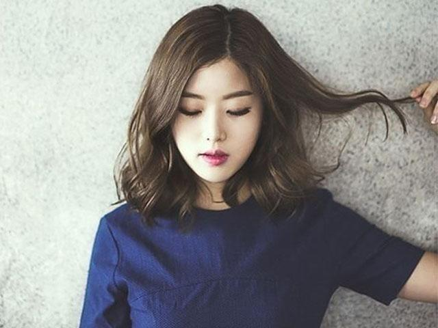 Những kiểu tóc xoăn ngắn mặt tròn để là đẹp khiến chị em xiêu lòng ngay lập tức