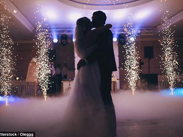Chú rể đòi... ly hôn ngay sau đám cưới chỉ vì hành động hết sức bình thường của mẹ vợ