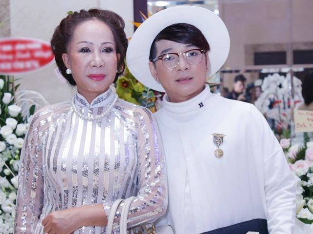 Vũ Hà tiết lộ món quà tặng người vợ hơn 8 tuổi mỗi dịp lễ khiến ai cũng choáng