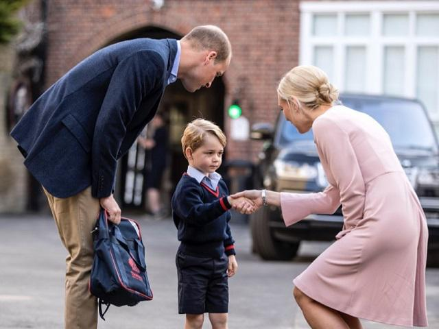 Hoàng tử George bị trường cấm có bạn thân nhưng điều gây sốc là Kate và William cực ủng hộ