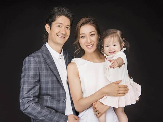 Đại tỷ TVB Chung Gia Hân kể chuyện ông xã lớn tuổi rửa bát, quét nhà vì vợ bầu