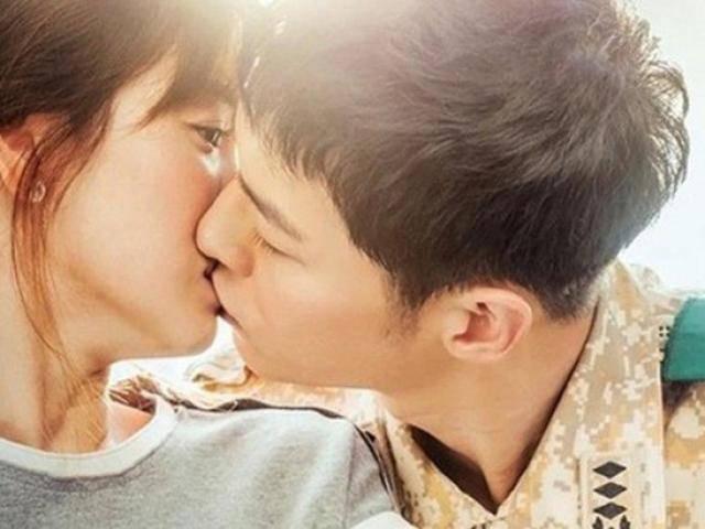 Những thói quen nhỏ nhặt ai cũng mắc phải này lại khiến nụ hôn kém ngọt ngào và thăng hoa