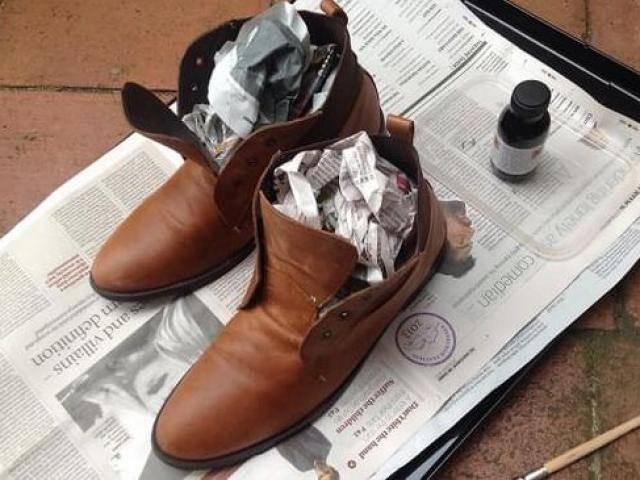 Tự làm túi thơm nhét giày để khử mùi hôi vì những ngày mưa bất chợt