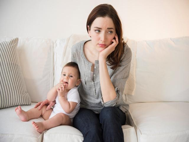 Mẹ nên làm gì khi bị rối loạn kinh nguyệt sau sinh?