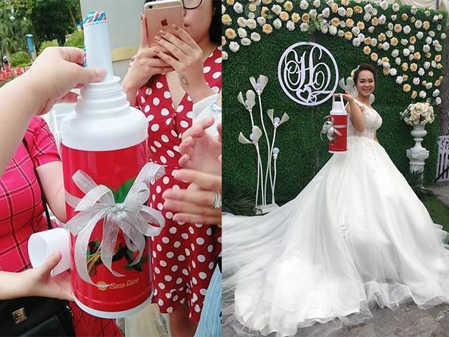 Mời đám bạn thân ăn cưới, cô gái nhận được quà vừa lầy vừa khủng khiến dân mạng... cạn lời